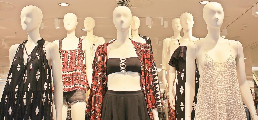 Manekiny wystawowe wświecie mody