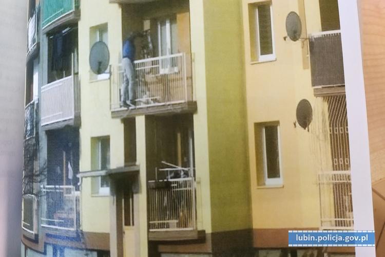 Wspinał się po balkonach ikradł rowery