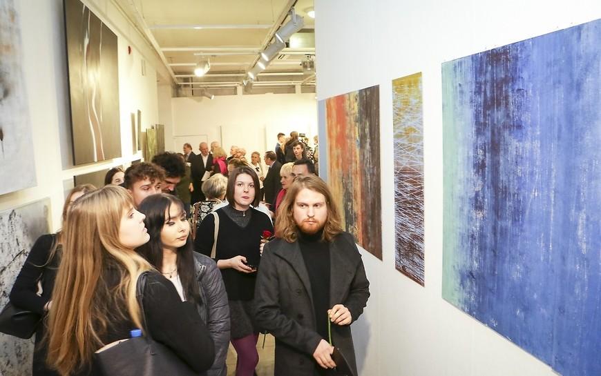 Promocje 2019. Młodzi malarze powracają doGalerii Sztuki